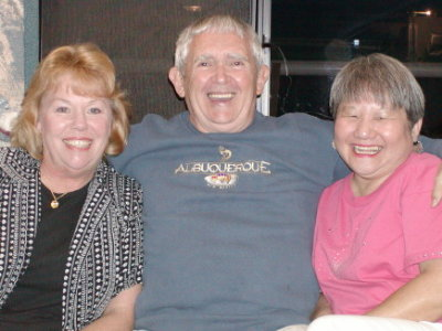 pic of Linda, Steve & Amy Turney