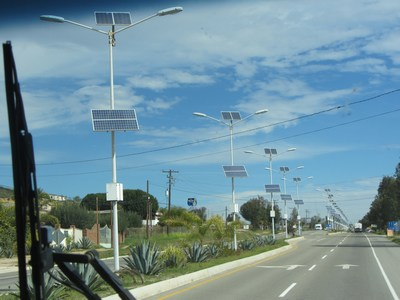 pic of solar powered street lights